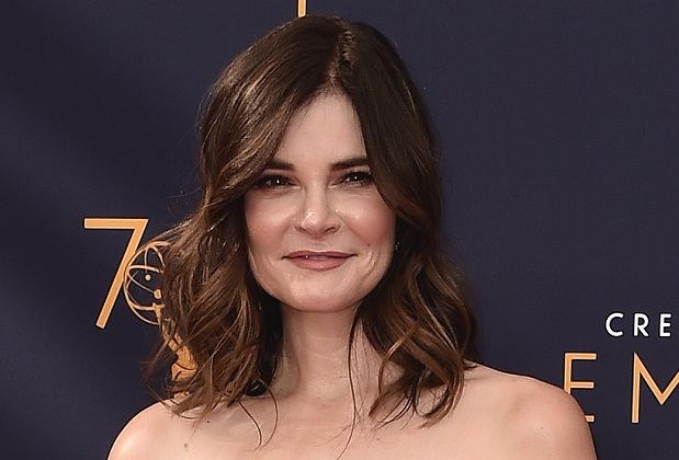 Betsy Brandt Pearson Suits Spinoff
