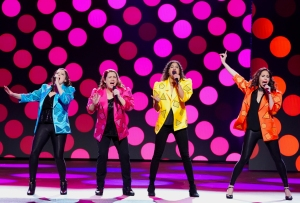 Crazy Ex-Girlfriend Concert Special Let's Generalize About Men