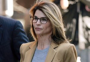Lori Loughlin College Admissions