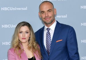 Harriet Dyer, Paul Blackthorne