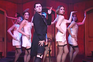 schitts-creek-season-5-episode 14 recap cabaret stevie sings