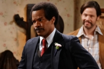 All in the Family: Jamie Foxx Flubs Line, Breaks Character on Live TV
