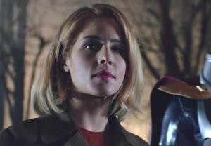 Emilu Bett Rickards Final Arrow Episode