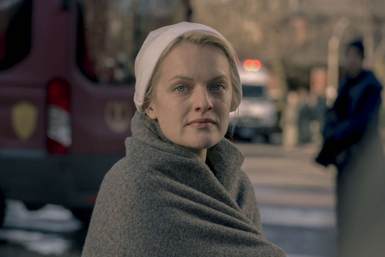 The Handmaid S Tale Premiere Recap Season 3 Episode 1 Night Tvline