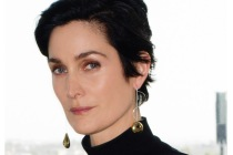 Tell Me a Story: Carrie-Anne Moss Joins Princess-Themed Season 2