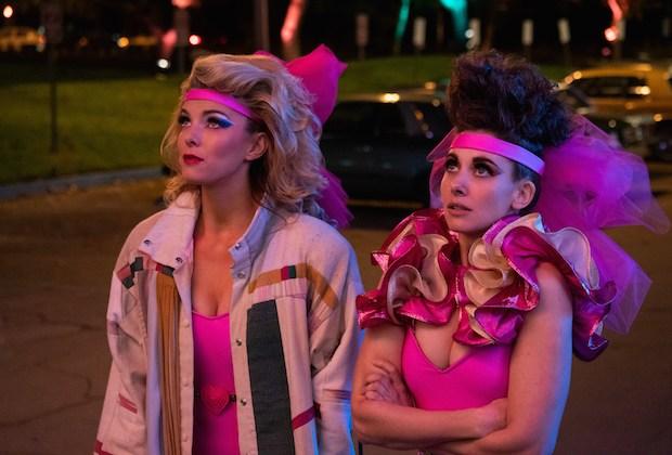 GLOW Premiere Recap Season 3 Episode 1
