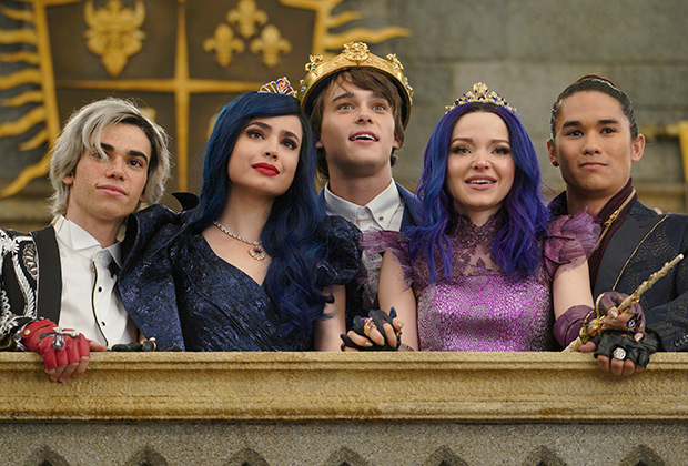 Descendants 3 Ending Explained Disney Channel Movie Review Tvline