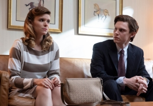 Pose FX Season 2 Evan Peters Kate Mara