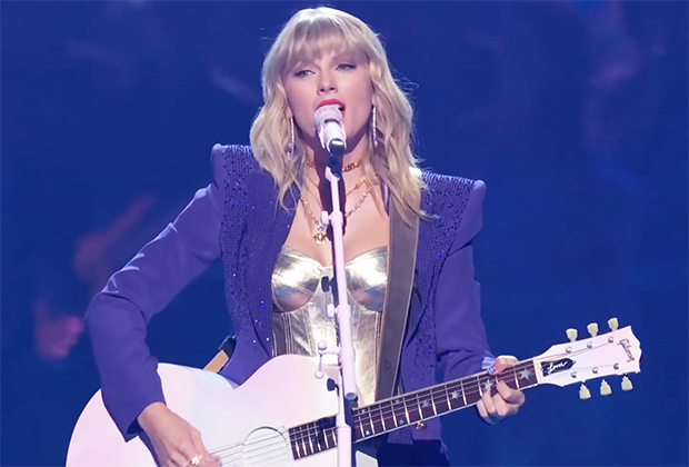 Video Vmas 2019 Taylor Swift Performs Lover Watch Performance Tvline