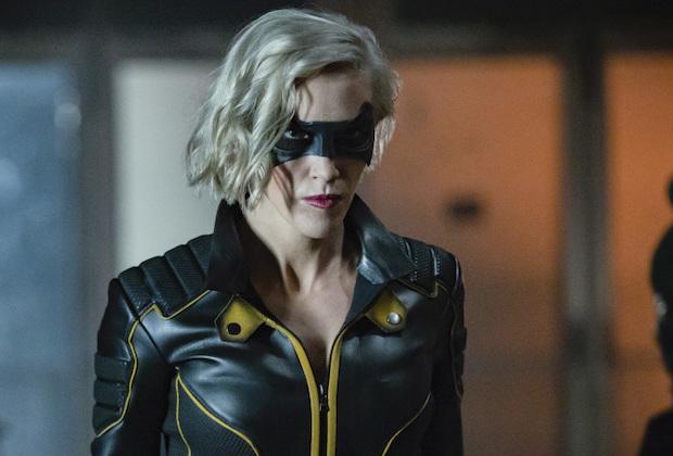 Arrow Spinoff Laurel Mia Green Arrow