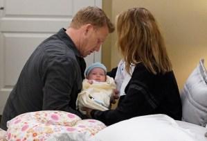 greys-anatomy-recap-season-16-episode-1-premiere amelia pregnant