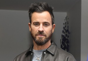 Justin Theroux The Mosquito Coast Apple
