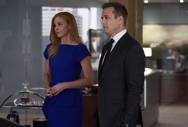 suits recap series finale harvey and donna spoiler tvline https tvline com 2019 09 25 suits recap series finale harvey donna married move to seattle