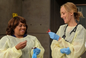 greys-anatomy-recap-season-16-episode-6-jo alex halloween wedding