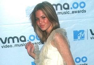 Mandy Moore Singer