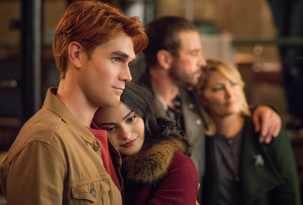 Riverdale Season 4 Episode 7 Archie Veronica