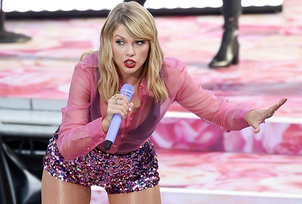American Music Awards Taylor Swift Can Legally Perform Her Old Songs Tvline