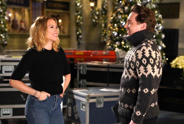 Scarlett Johansson Hosts 'SNL'