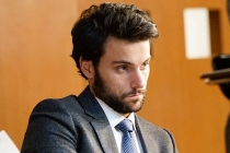 HTGAWM's Jack Falahee Previews Connor's 'Rudderless' Post-Arrest Life
