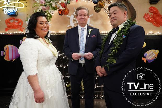 Superstore 5x14 - Sandra's Wedding