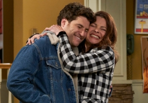 'Indebted' Series Premiere - Fran Drescher, Adam Pally