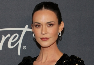 Odette Annable thirtysomething