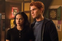 Riverdale Shuts Down Production on Season 4 After 'Team Member' Comes in Contact With Coronavirus Patient