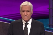 Jeopardy!'s Alex Trebek Reveals He Has Beaten the One-Year Survival Rate for Stage 4 Pancreatic Cancer — Watch
