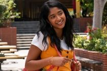 Never Have I Ever: First Look at Netflix's Indian Teen Comedy From Mindy Kaling