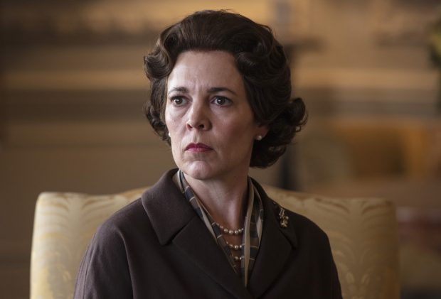 The Crown Olivia Colman Wig Queen Elizabeth