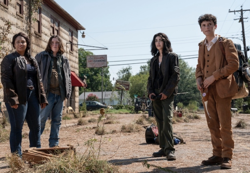 the-walking-dead-world-beyond-review-amc-spinoff-crm