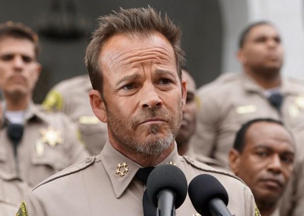 Deputy Cancelled Fox Stephen Dorff