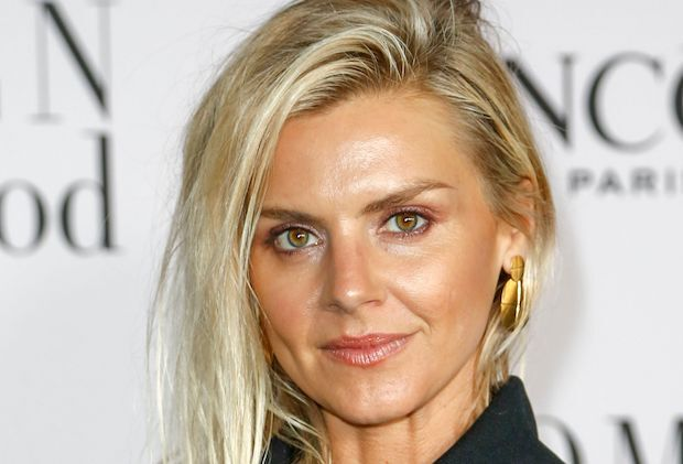 Eliza Coupe Pivoting Cast Fox Comedy Pilot