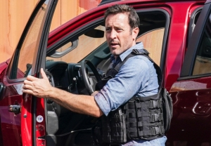 Hawaii Five-0 Series Finale Catherine Returns