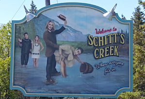 Schitts Creek Recap Season 6 Episode 14 Happy Ending finale