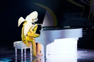 The Masked Singer Bret Michaels Video Banana Season 3 Interview