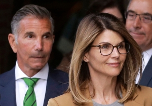 lori loughlin and husband