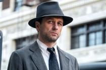 Perry Mason: Full Trailer Sheds New Light on Matthew Rhys' Scruffy Sleuth
