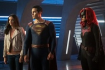 Arrowverse Crossover Pushed to 2021, Will Be 'Smaller' Event Featuring Superman & Lois and Batwoman