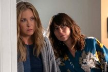 Dead to Me to End With Season 3 at Netflix