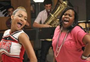 Naya Rivera & Amber Riley in 'Glee' - Santana and Mercedes