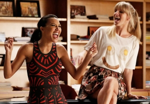 Naya Rivera & Heather Morris in 'Glee' - Santana and Brittany