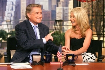 Kelly Ripa Mourns Regis Philbin: Live Co-Host 'Left the World a Better Place'