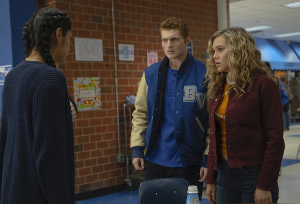 Ratings Stargirl 1x10