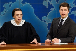 SNL's Kate McKinnon Honors 'Real-Life Superhero' Ruth Bader Ginsburg