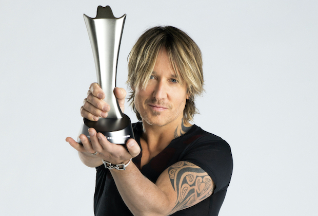 Keith Urban Hosting 2020 ACM Awards