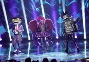 The Masked Singer Season 4 Duet Costume Snow Owls Video