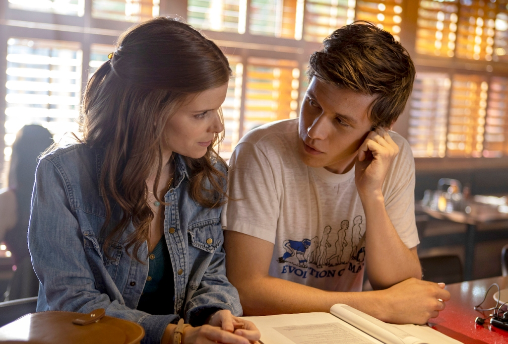 "A TEACHER ""Episode 1"" (Airs Tuesday, November 10) - - Pictured: (l-r) Kate Mara as Claire Walker, Nick Robinson as Eric Walker. CR: Chris Large/FX"