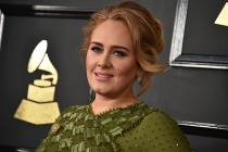 Adele to Host Saturday Night Live