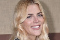 Busy Philipps Joins Peacock's Girl-Group Comedy Girls5eva From Tina Fey